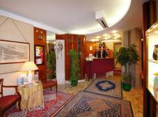 Фото отеля Ambassador Tre Rose