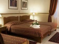 Фото отеля Tourist Hotel