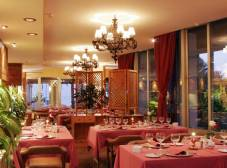 Фото отеля Bajondillo Apt