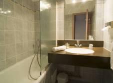 Фото отеля Courchevel Olympic Hotel Madame Vacances