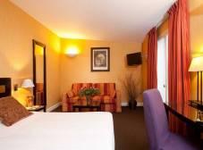 Фото отеля Hotel de la Jatte