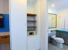 Фото отеля Days Inn Patong Beach